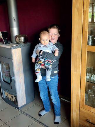 Louis mit seinem Bruder